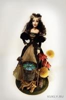 La Doll, высота 45 см, ширина = длине 35 см, 2011
