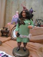 Living Doll, Высота с подставкой 42 см, Октябрь 2008