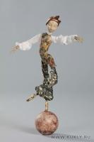 Фарфоровое папье-маше, шёлк, антикварные кружева, 51 см, 2010